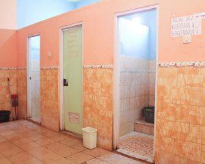 10_ELFAST_Tampak luar kamar mandi cowok