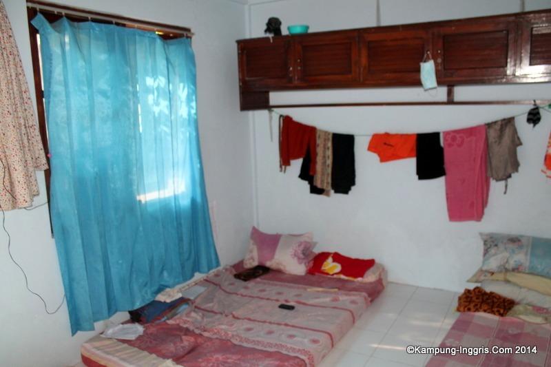 Image result for suasana camp kampung inggris