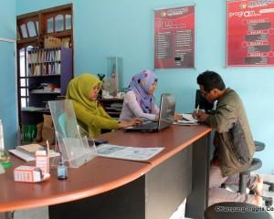 Tampak dalam Office Access ES