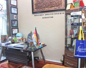 4_BRILLIANT_Tampak dalam office 2