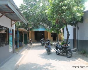 Suasana Camp english area the master pare