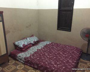 4_the benefit tampak dalam kamar camp putri 1