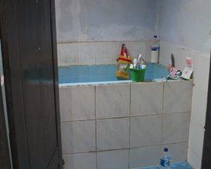 5_TEST_Tampak dalam kamar mandi cewek
