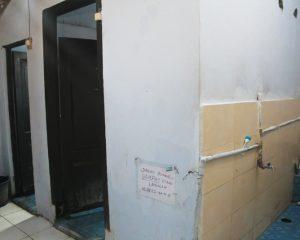 6_TEST_Tampak luar kamar mandi cewek